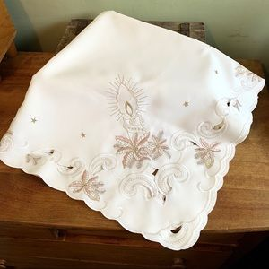 Vintage embroidered cutout Christmas tablecloth